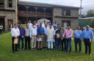 SEWS पंतनगर की टीम ने देहरादून में की मुख्यमंत्री से मुलाकात