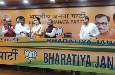 बड़ी खबर .. उत्तराखंड में बढ़ता बीजेपी का कुनबा, भीमताल से निर्दलीय विधायक राम सिंह खेड़ा बीजेपी में हुए शामिल